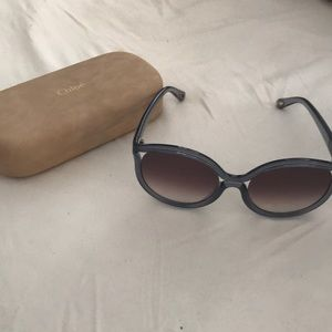 Chloe Sunglasses NWOT with case